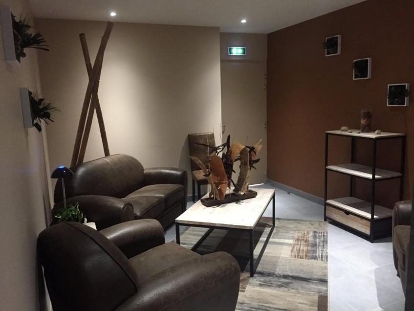 archi2 chambre fun raire les chenes. Black Bedroom Furniture Sets. Home Design Ideas
